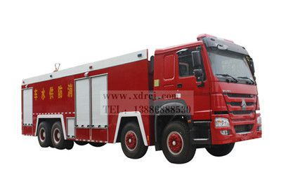 国五重汽豪沃22吨水罐消防车