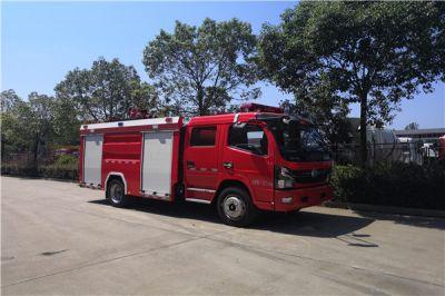 东风国六5吨消防车准备发车